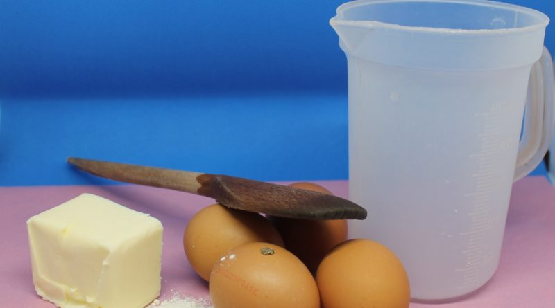 Gli ingredienti della torta Génoise